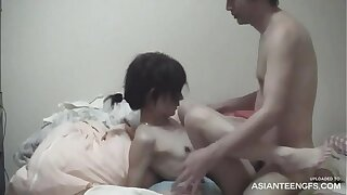 Unexperienced Asian girlfriend's leaked homemade hookup movie