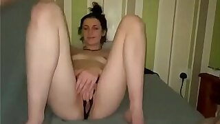 Youthfull looking damsel Deja bj's nails and strokes her way thru the night beside her boy Point of view https://onlyfans.com/?ref=12562925