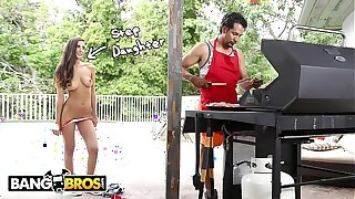 BANGBROS - Nubile Gianna Dior Pummels Their way Step Daddy On Father's Day