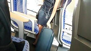 Sizzling Favorite Blondie Comprehensive on rub-down the Train-GIRLSHOWCAM.COM