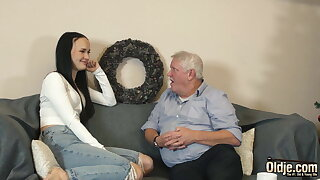 Young biotch gets down and sucks cum from old guy in her juicy