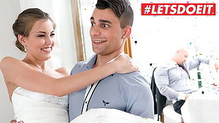 Nasty INLAWS Sexy Bride Cindy Sparkle Hot Fun With Stepbrother
